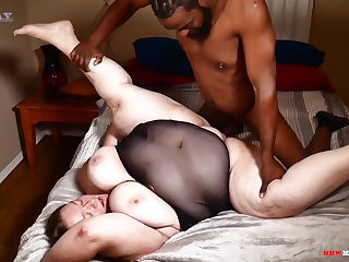 Big ass mommy enticing big dick from her black stepson