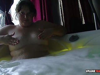 Chubby girlfriend records herself masturbating to the fullest bathing