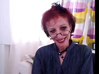 Skinny Granny In Webcam Feign Her pussy