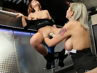 Compacted tits babe spreads her legs be worthwhile for lesbo sexual congress - Cheryl S and Barbara