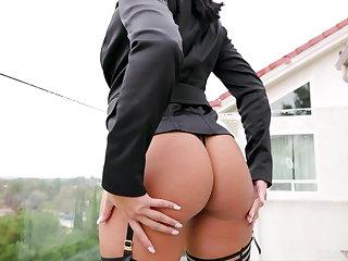Chloe Amour's Black Horseshit Inveiglement Featuring Dredd