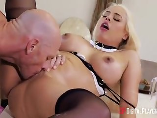 The Guv Coveted The Silicone Figure Of The Housemaid Luna With Luna Star And Johnny Sins